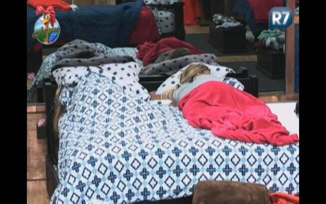 Peões passam a tarde dormindo