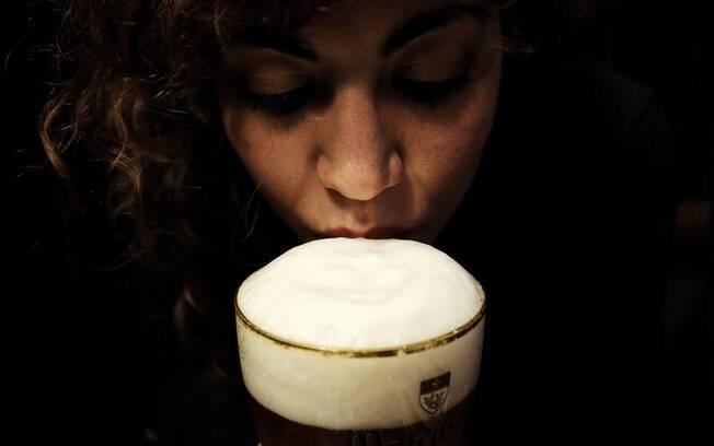 A partir de agora, as mulheres acima dos 18 anos poderão adquirir bebidas alcoólicas livremente no Sri Lanka
