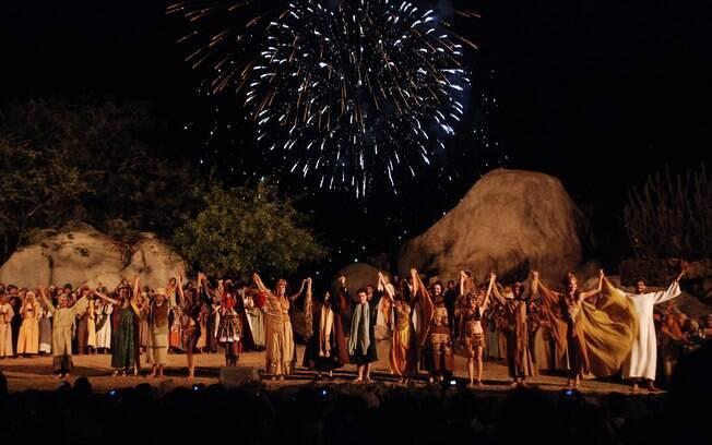 A Paixão de Cristo, em Nova Jerusalém, é o maior teatro ao ar livre do mundo