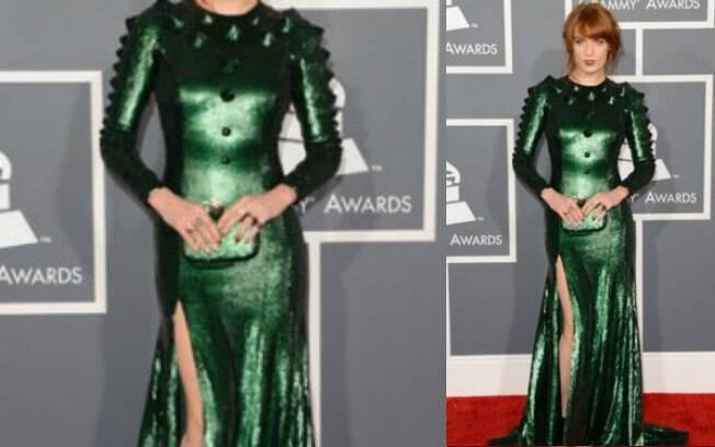 Geralmente estilosa, Florence Welch ficou caricata com este vestido verde à la Eva Venenosa