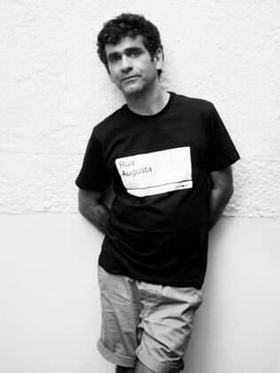 O diretor e roteirista Hilton Lacerda
