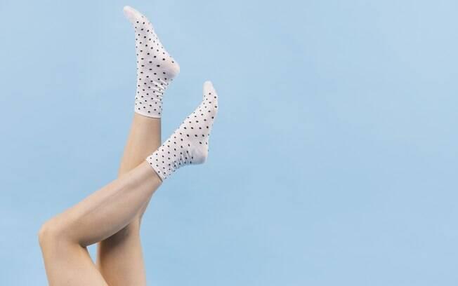 Os pés são grandes responsáveis pela temperatura corporal de mulheres, esquentá-los pode ajudá-las a atingir o clímax