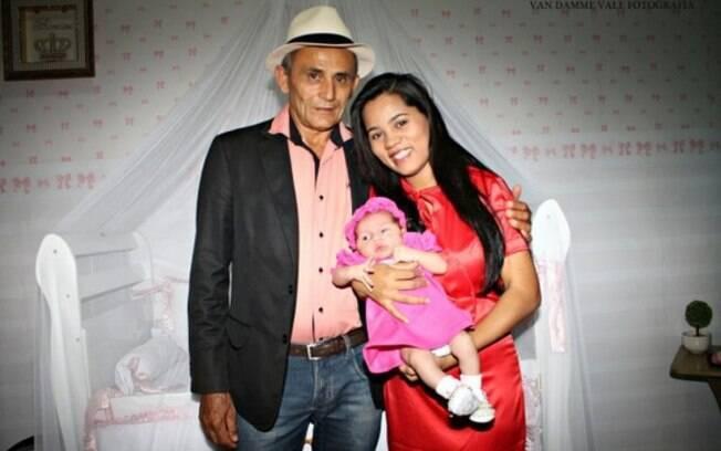 Sthefany Absoluta é acusada de abandonar o lar, saquar ex-marido e sequestrar a própria filha