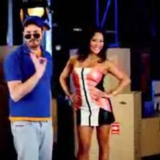 Danilo Gentili e sósia de Sabrina Sato no terceiro teaser do 'The Noite'
