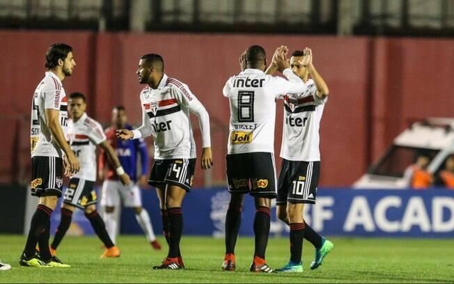 São Paulo empatou em 1 a 1 com o Paraná na 20ª rodada do Campeonato Brasileiro