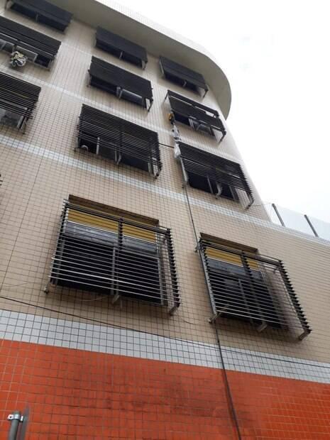 prédio fuga detento