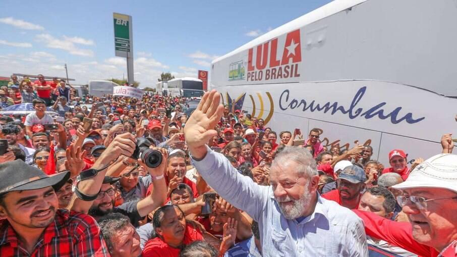 Lula chega ao Nordeste neste domingo (15)