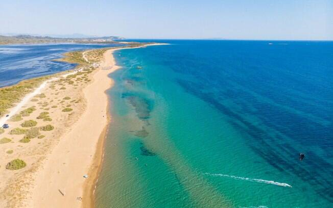 A praia de Halikounas é tão bela que parece que foi feita pelos deuses gregos!