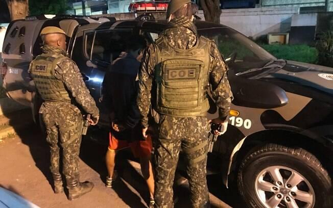 Policiais do COE prendem traficante em comunidade da zona norte de São Paulo
