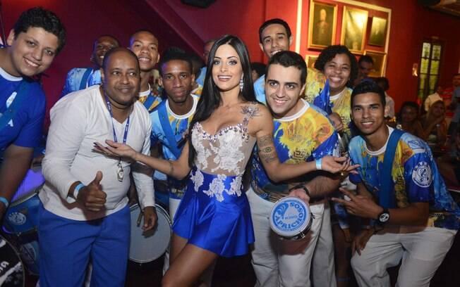 Caprichosos de Pilares desfila no Grupo de Acesso do carnaval carioca