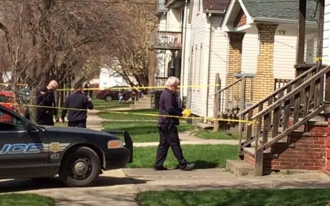 Autoridades investigam local onde um irmão matou o outro em bairro dos EUA (12/04)