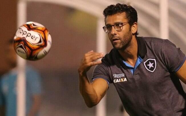 Alberto Valentim está no Botafogo