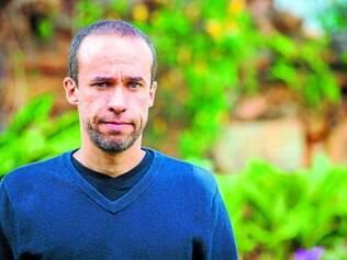Estreia  . O diretor carioca Allan Ribeiro já despontou como uma grande promessa em seu primeiro trabalho, um documentário, em 2012