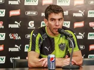 Leandro Donizete espera estar em campo para ajudar o Atlético a conquistar o título