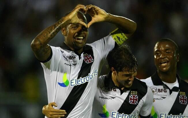 Dedé marcou um dos gols do Vasco na vitória  sobre o Resende