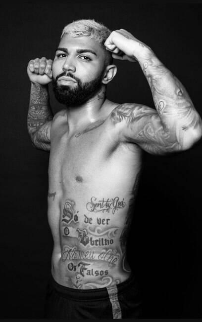 Gabigol e suas muitas tatuagens