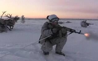 Como militares russos treinam sob frio de 30°C abaixo de zero - Mundo - iG