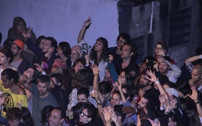 Débora Nascimento, José Loreto e Igor Rickli assistiram ao show