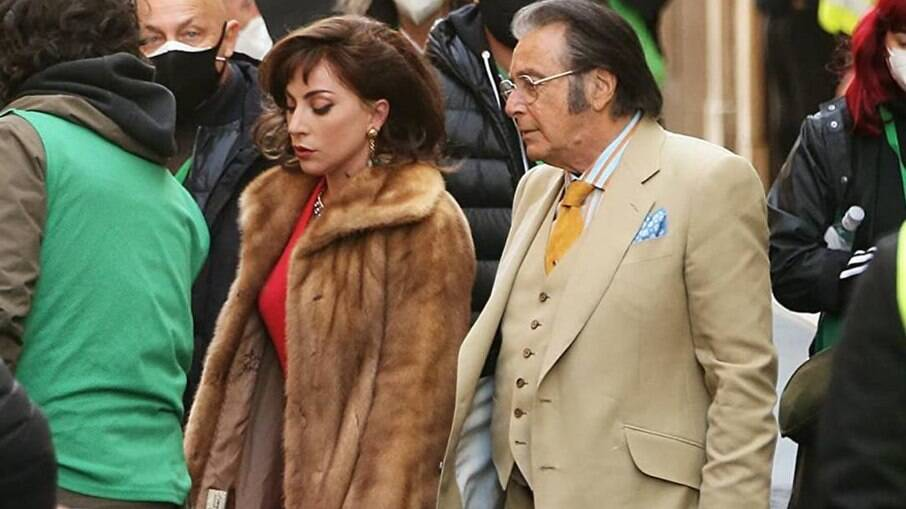 Lady Gaga e Al Pacino no set de 'House of Gucci': integrantes do famoso clã da moda reclamam da escalação do elenco