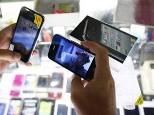 Aparelhos bem semelhantes ao iPhone 4 são vendidos na China