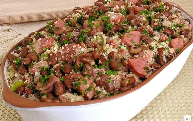 Receitas de farofa de feijão para o almoço de domingo