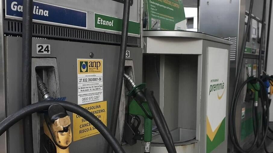 Projeto regulamenta incidência de ICMS dobre combustíveis