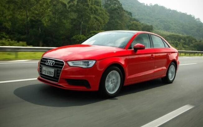 A versão de entrada do Audi A3 Sedan conta com o econômico motor 1.4 de 150 cv