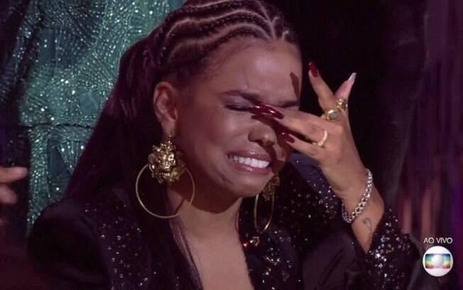 Jennifer Nascimento é a grande campeã da segunda edição do reality musical
