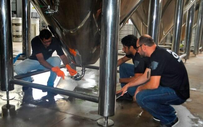Pela cerveja contaminada, 11 pessoas da cervejaria Backer foram denunciadas por crimes como homicídio, lesão corporal e crime contra o consumidor