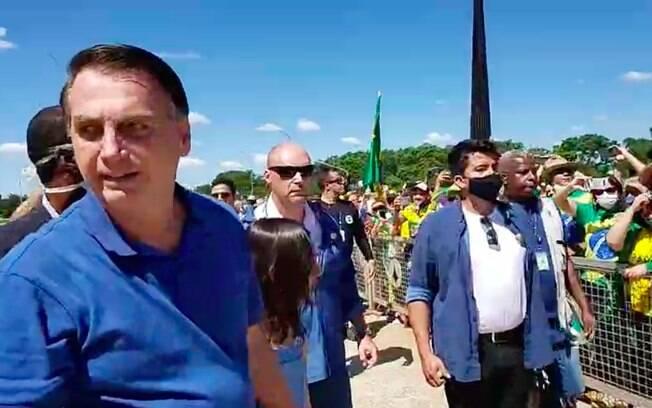 No último domingo (3), Bolsonaro participou de ato em Brasília.