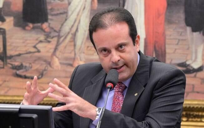 André Moura (PSC-CE) externou profundo mal-estar com a permanência de Cunha no cargo