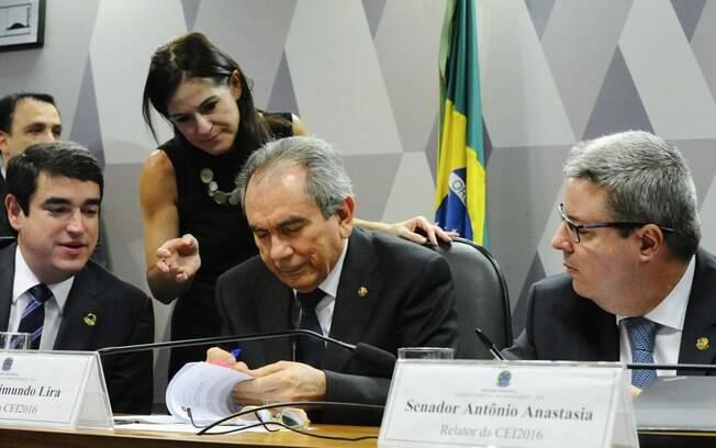 Comissão discute o encaminhamento pelos líderes e votação do Relatório. Foto: Marcos Oliveira/Agência Senado