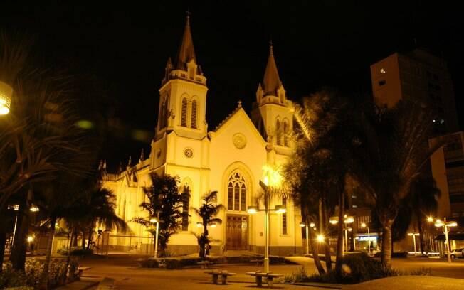 A Catedral de Jundiaí é um dos símbolos dessa cidade que tem atraído turistas que desejam fazer uma viagem rápida