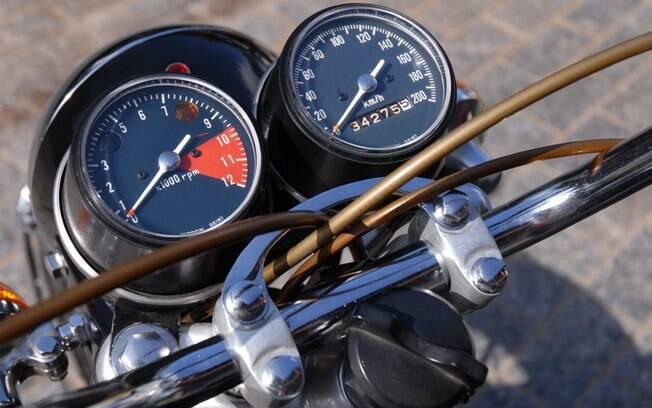 A partir da K1, os relógios do painel de instrumentos passaram a ser separados