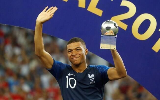 Mbappé foi eleito o melhor jogador jovem da Copa do Mundo de 2018