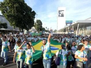 Marcha para Jesus reúne milhares no Rio