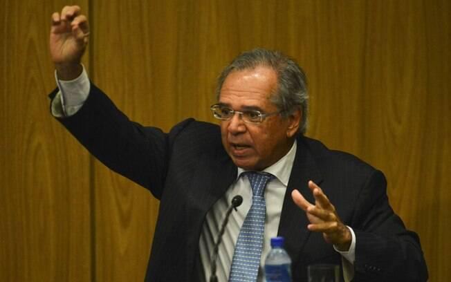 Por medo de boicote, Guedes cancelou sua ida à CCJ, deixando mercado com receio da tramitação da reforma da Previdência e influenciando no valor do  dólar e na Bolsa