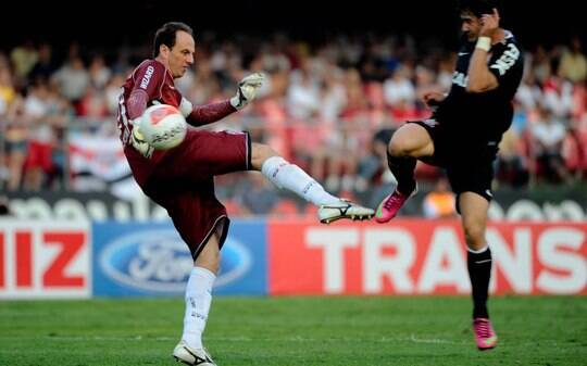 São Paulo encara Corinthians e jejum para provar tradição continental na Recopa - Futebol - iG