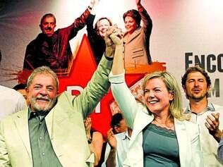 Militante. Lula foi participar de evento que lançou a pré-candidatura de Gleisi Hoffmann ao Paraná