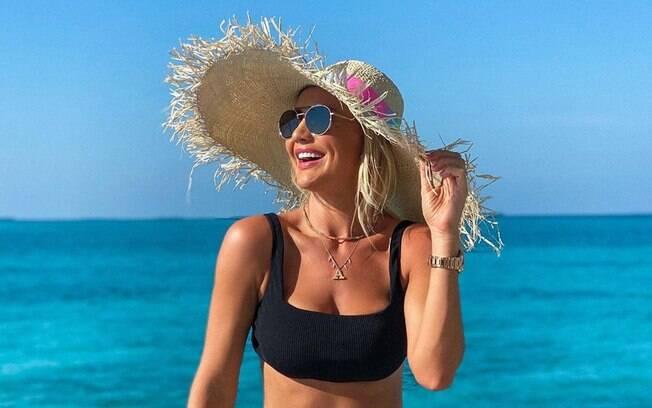 Ana Paula Siebert curte hotel nas Maldivas com diárias de até R$ 25 mil