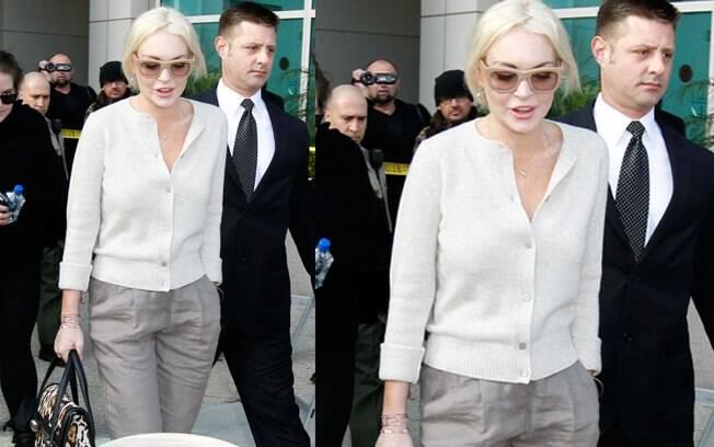 Lindsay Lohan na chegada do Tribunal