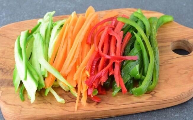 Corte de legumes julienne