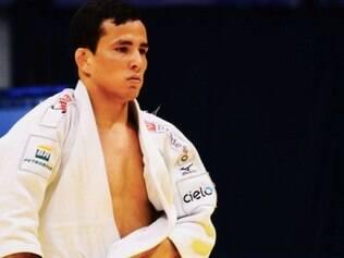 Na categoria até 60kg, o judoca Felipe Kitadai estreia contra o usbeque Diyorbek Urozboev