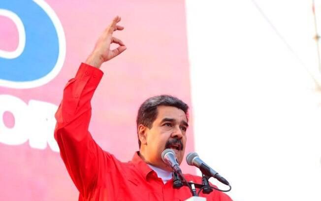 Em vídeo, Maduro elogiou apoio dos militares venezuelanos