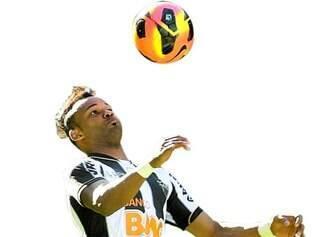 Fernandinho (foto) foi contratado com a difícil missão de substituir Bernard, vendido a peso de ouro