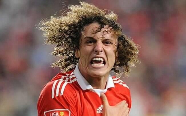 David Luiz vestiu a camisa do português Benfica entre os anos de 2007 e 2011