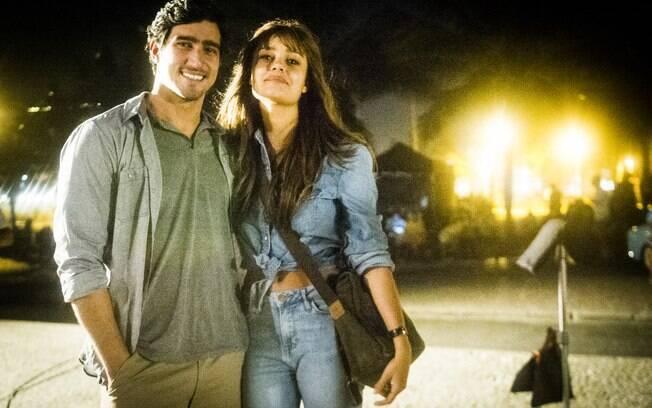 Sophie Charlotte e Renato Góes fazem um casal que vive um amor impossível em