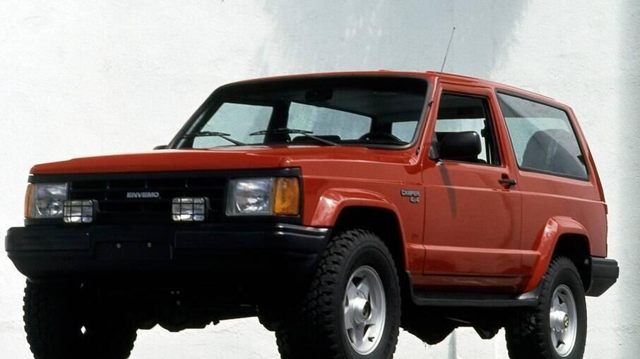 Envemo Camper, mesmo desenho do Jeep Cherokee Sport de primeira geração