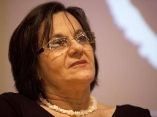 Maria da Penha foi vítima de violência, atua em favor das mulheres e deu nome a lei que prevê penas severas aos agressores