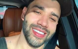 Gusttavo Lima é atingido por bebida em show e atitude surpreende